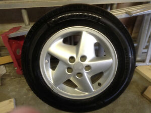 Excellent Spare Tire w/Alloy Rim (P195/65R15)