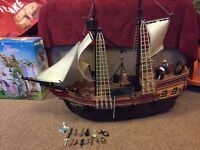 Playmobil pirate ship