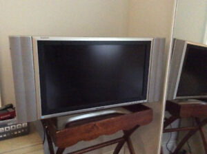 "Sharp 26"" flat screen tv"