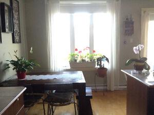 A louer ds quartier paisible verdun ouest 41/2 2eme étage 900pi