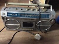 Sharp GF 4646 - Ghetto blaster grey with lead