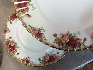 Royal Albert Old Country Rose Fine China
