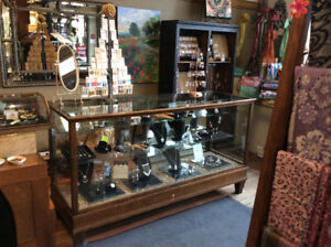 Antique display showcase-Antique Store Display Cabinet