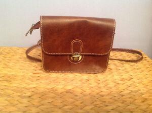 Leather Crossbody bag-sac-handbag-saccoche
