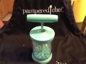 Pampered Chef WHIPPED CREAM MAKER
