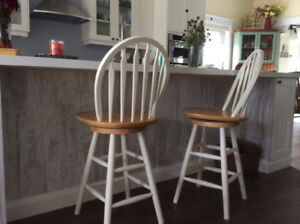 Counter Stool (s)