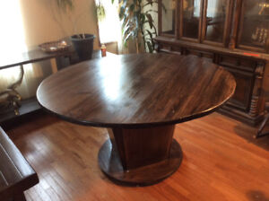 Buy Or Sell Dining Table Sets In Calgary