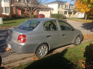 2002 Toyota Echo 4 dr.....5 spd standard...tow hitch/tow behind London Ontario image 5
