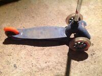 Mini Micro blue scooter, 3 wheeler, rear brake, good condition