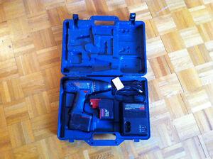 ensemble d'outils BOSCH 14.4V drill kit