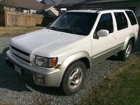 1999 Infiniti QX4 SUV