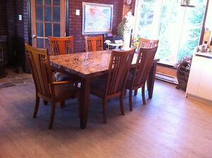 Set de salle à manger Lac-Saint-Jean Saguenay-Lac-Saint-Jean image 2