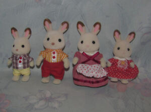 Calico Critters Rabbit Bunny Family of 4 - 2 Adults, 2 Kids
