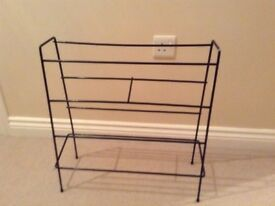 Retro black shoe rack
