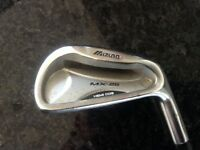 Mizuno mx-25 HEMI COG NUMBER 7 IRON. RIGHT HANDED WITH DYNALITE STEEL SHAFT.