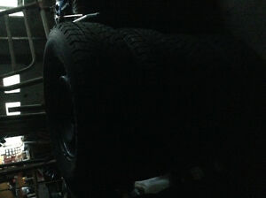 Toyo open country winter tires and steel rims 265 70 r17