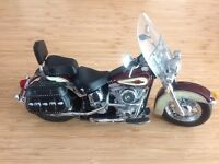 1:10 Franklin Mint H-D Heritage Softail Classic Motorcycle