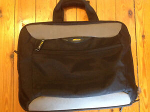Targus Laptop bag - great condition!