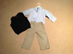 4 piece boys' outfit (2T)