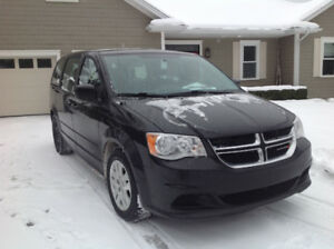 2014 Dodge Caravan 122k buy or lease to own