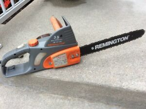 """Remington 16"""", 3.5hp electric chainsaw in excellent condition!!"""