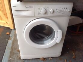 Double electric oven/washing machine