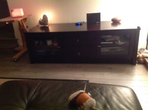 STRUCTUBE RUBBERWOOD TV AND ENTERTAINMENT TABLE