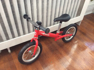 Rouge / Red KOKUA Like-A-Bike Balance Bicycle / Vélo d'équilibre