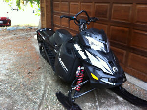 2014 Ski-Doo Summit 800 with T3 package
