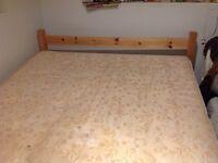 Pine queen size bed