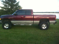 2002 Dodge Power Ram 2500 Pickup Truck