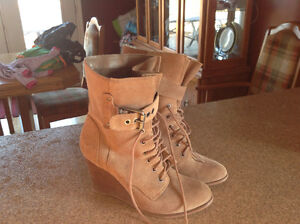 Kenneth Cole ladies booties