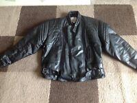"Vintage Akaso men's leather biking jacket 40"""