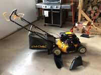 Lawnmower Cub Cadet MAKE ME A GOOD OFFER AND IT'S YOURS