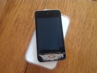 iPod touch 4th Gen for repair or spares 8gb