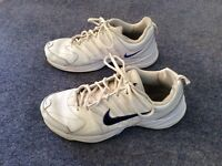 White leather Nike trainers sneakers UK 9 Eur 44
