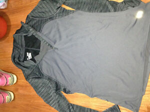 Underarmor X Large Cold gear shirt for sale