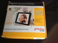 NuVue NV-800 digital picture frame