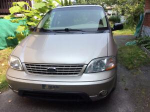 2003 Ford Windstar, à vendre