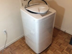 Used Portable Washer Haier HLP23E