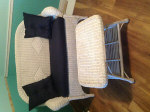 Wicker love seat and table