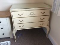 Queen Anne style drawers