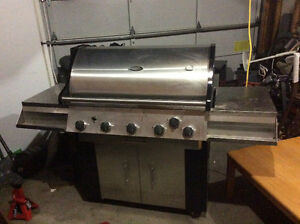 Stainless Natural gas bbq. Vernont Castings