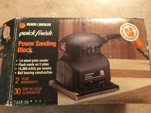 Black & Decker 1/4 Sheet Palm Sander