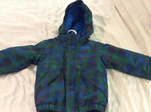 Manteau duvet North Face 2T