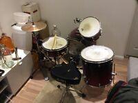 MAPEX 4piece drum kit