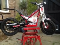 Onset 16R Trials Bike (2015)