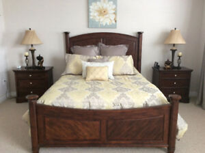 Queen bed frame headboard/footboard/rails
