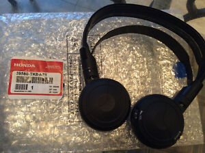 HONDA ODYSSEY TOURING MODEL HEADSETS