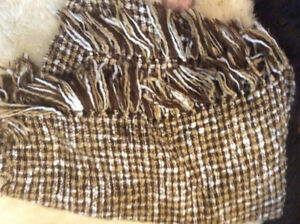 2 Sofa Couch blankets or sofa throw in brown and cream colour